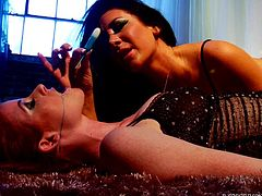 A smoky brunette babe and her redhead playful companion, just wanna chill and have fun together. Click to watch the lady with big tits and the foxy milf, getting loose. Their nipples look even more appetizing, when are all wet with melting ice cream, which is passionately and gently licked. Enjoy!