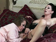 Dyanna Lauren and RayVeness do wild things in lesbian action