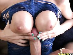 Brunette Cindy Jones has some time to stroke her twat