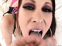 Delicious stunner Tiffany Mynx cant get enough and takes guys rock hard sausage in her mouth again