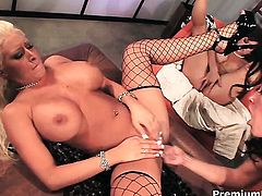 Candy Manson with huge breasts fulfills her sexual needs with Cody Milo