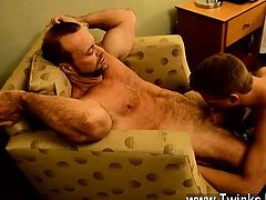Twink sex Thankfully, muscle daddy Casey has some ideas of h