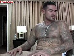Watch this amateur Latino straight dude with tattooed hung body.See how this gangster latino dude strips off his clothes and show his hard cock on camera while jerking off nicely.