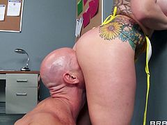 Good looking brunette in bikini moaning while her shaved pussy is being licked before getting pounded hardcore in the office