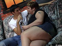 Fatty Pub brings you a hell of a free porn video where you can see how this busty BBW brunette milf rides a hard rod of meat into a massively intense orgasm.
