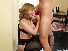 Nina Hartley is close to orgasm after a few minutes of fucking with her Danny Wylde