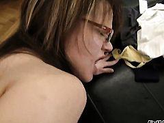 Rocco Siffredi bangs Sandra Brown as hard as possible in steamy anal action after she gives head