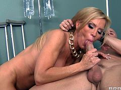 Beautiful cougar in nylon stocking sucking huge cock before enjoying her pussy being licked and pounded hardcore doggystyle