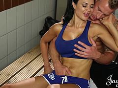 After a great workout in the ring, this fit couple head to the bathroom