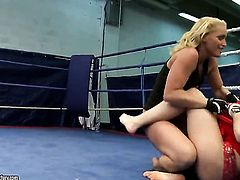 Blonde Kathia Nobili and Angell Summers fulfill their sexual desires together