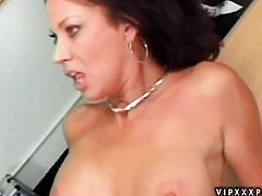 Mature Vanessa Videl is curious about toying her muff on cam