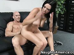 Megan Foxx wants Johnny Sinss love wand to fuck her fuck hole hard