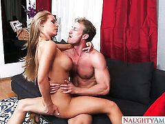 Ryan Mclane stretches extremely hot Nicole Anistons wet hole with his erect love stick to the limit