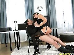 James Brossman gives warm Sensual Janes mouth a try in oral action