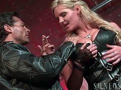 Leather babe Phoenix Marie blows a biker