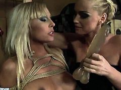 Blonde Adriana Russo and Kathia Nobili stars in hot lesbian action