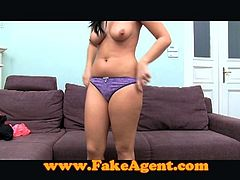 Brunette's first time creampie