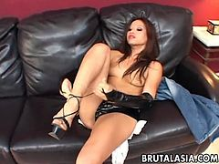 Stunning chick with flat tits Jayna Oso gets her anus dildo fucked