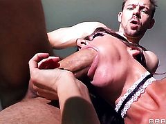 Will Powers gets pleasure from fucking perfect bodied Gia Dimarcos butthole