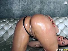 hottie tugs him off while getting ass fingered
