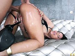 Mick Blue is one hard-dicked stud who loves oral sex with Senora with huge boobs after anal fun
