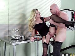 Jessa Rhodes and her hard dicked fuck buddy Johnny Sins are in the mood for fucking