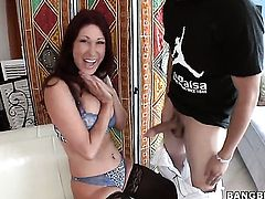Tiffany Mynx with massive jugs bounces up and down on worm