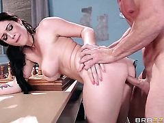 Noelle Easton with huge breasts moans while sucking Johnny Sinss meat stick harder and harder