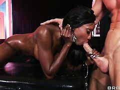 Johnny Sins gives irresistibly hot Diamond Jacksons mouth a try in oral action after bum fucking
