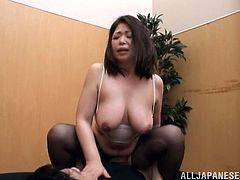 Chubby Asian slut gets a full treatmant to a hard orgasm