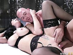Jayden Jaymes is in the mood for fucking and spreads for hard cocked dude Johnny Sins