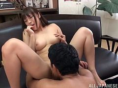 Blowjob and a doggystyle for a cute Japanese chick