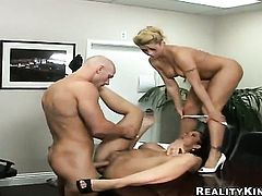 Blonde chica Carmella Bing with juicy knockers and shaved pussy getting skull slammed by Johnny Sins