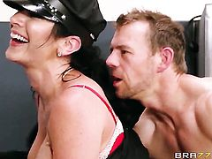 Jayden Jaymes with gigantic boobs needs sex desperately and gets it from Erik Everhard