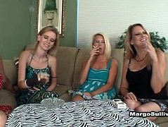 4 Milfs Smoking
