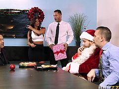 Getting presents is always pleasant, but what about getting a dream blowjob from an attractive naughty lady like Alexa? The long-haired brunette has wonderful beautiful tits and skin, not to mention her peachy cunt. The bitch is very horny and ready for some action. See her play dirty with guys in the office.