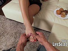 Super sexy chick Cameron Dee knows how to make you cum with the help of her throat and playful feet