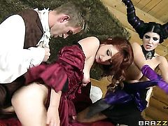 Sex starved goddess Violet Monroe gets a fuck with hard dicked fuck buddy Danny D