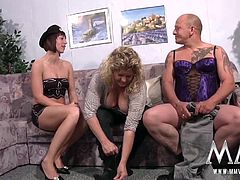 Today, in couple´s couseling, Gina gets an odd cross-dressing couple in session.
