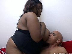 Chubby black hoe gives massge with her tremendous saggy boobs