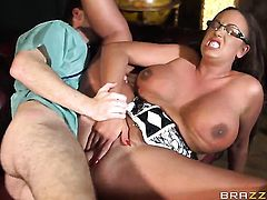 Ryan Ryder attacks hot Emma ButtS butt with his love torpedo