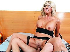 Seth Gamble cant resist gorgeously sexy Tara Holidays acttraction and fucks her like crazy