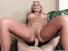 Mark Wood pounds fascinating Phoenix Maries butthole in every sex positon
