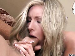 Samantha Saint has great cock sucking experience and expands it with horny guy Peter North