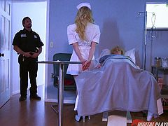 The ruthless swordswoman California Mountain Snake is here to assassinate and she finds a guard at the hospital, standing on her way. So, she kills him by undressing and showing her nice titties and drowning him on them. The guard gets more arouse, as she gives a deep throat blowjob. Let's see how they fuck!