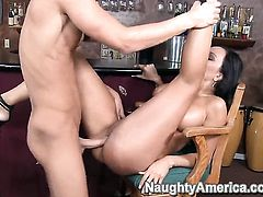 Seth Gamble gets pleasure from fucking passionate Claudia Valentines slit
