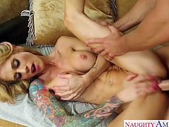 Slim girlfriend Sarah Jessie take cock