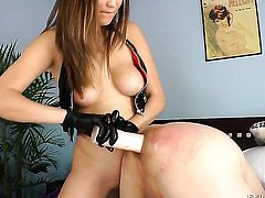 Holly Michaels satisfies her sexual needs