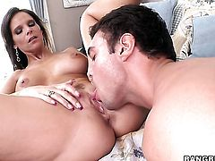 Syren De Mer with big butt shows off her hot body as she gets her mouth banged by mans hard schlong