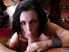 Jenna Presley with bubbly bottom gets the mouth fuck of her dreams with horny fuck buddy Toni Ribas